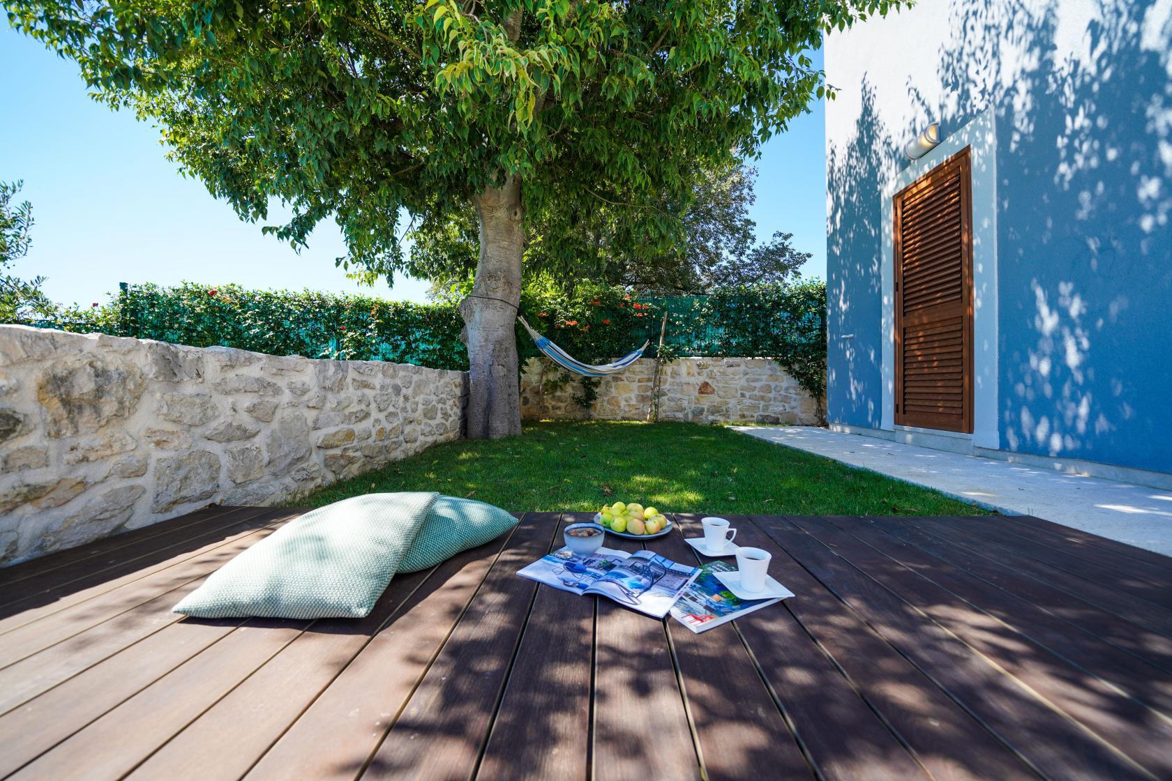 Villa Bandela, Visočane, 9 persons, garden with vegetables, www.zadarvillas.com