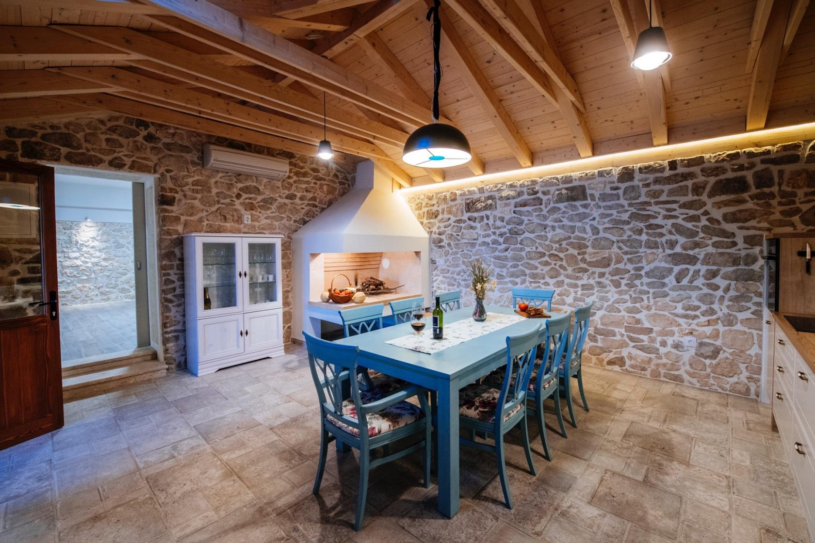 villa, bandela, rustic, stone, zadar, croatia, www.zadarvillas,com