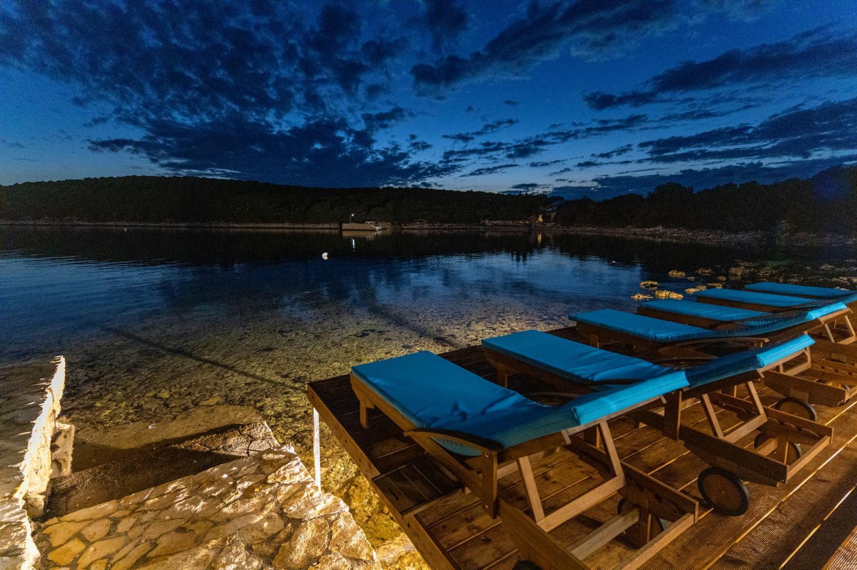 Villa Otus, Pašman villa, complete privacy, directly on the sea, sundeck, www.zadarvillas.com