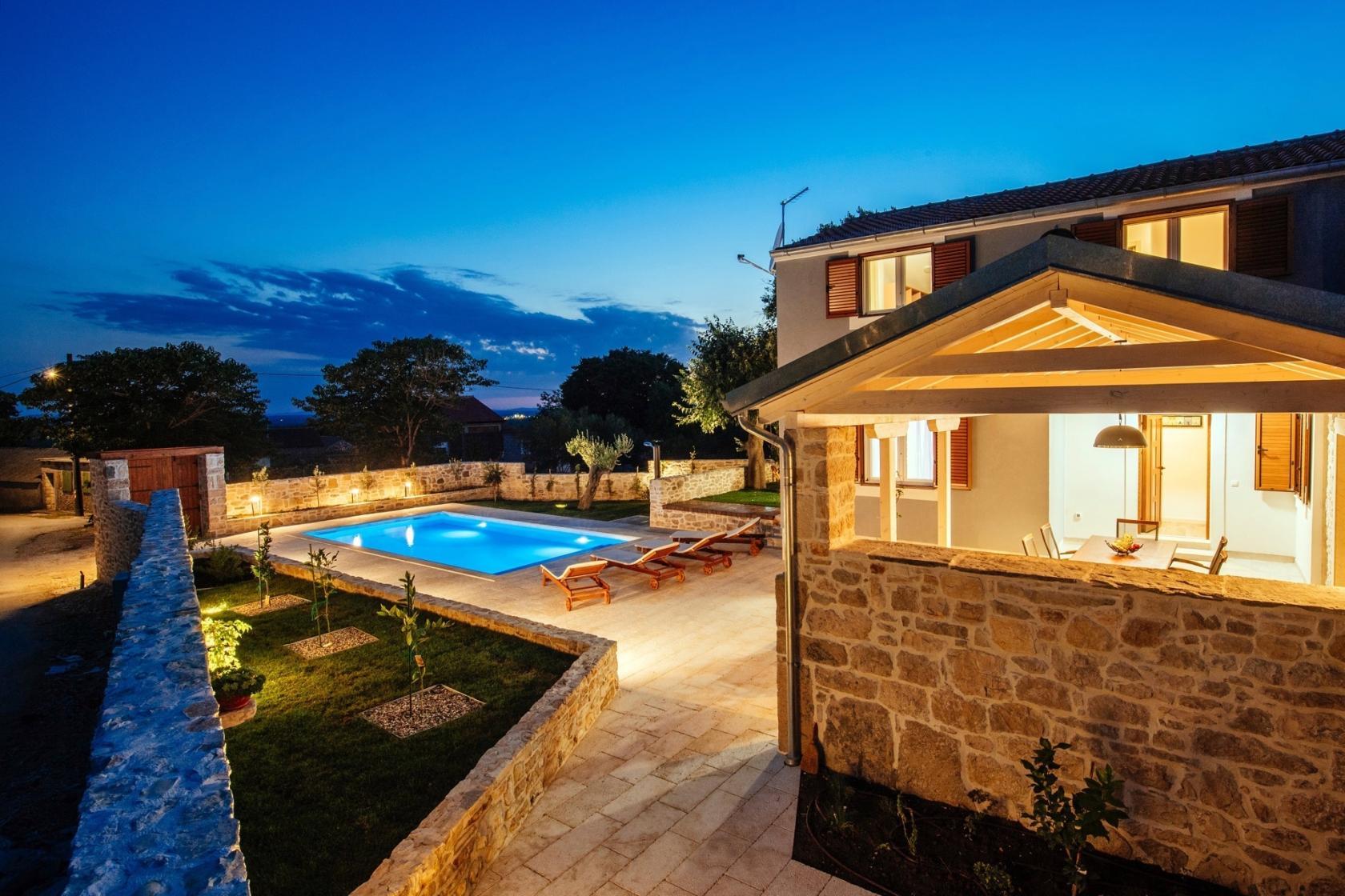Villa Bandela, Visočane, 9 persons, private pool villa, private garden, villa in Dalmatia, www.zadarvillas.com