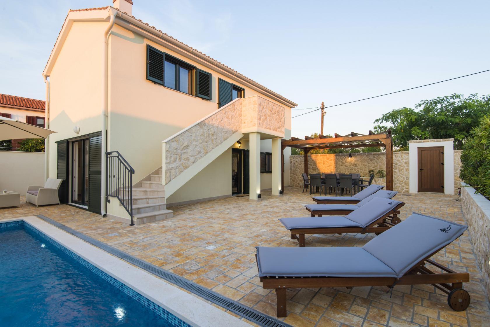 Villa Ivo Vinjerac, private pool villa, 6 persons, www.zadarvillas.com